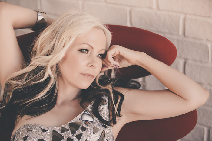Interview with Terri Nunn (Popdose, September 19, 2013)